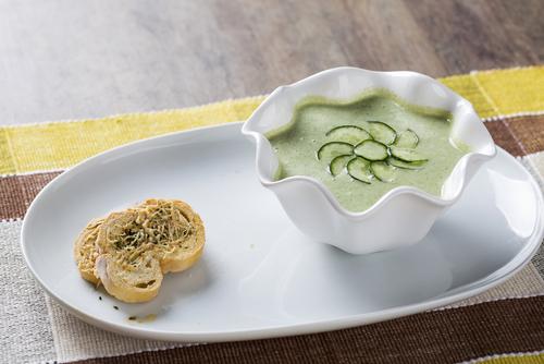 Amuse van broccoli-soep