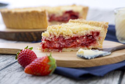 Aardbeien kruimelcake