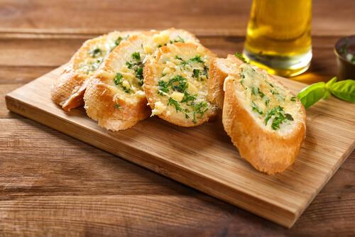 Gegrilde broodjes Spaanse tapas