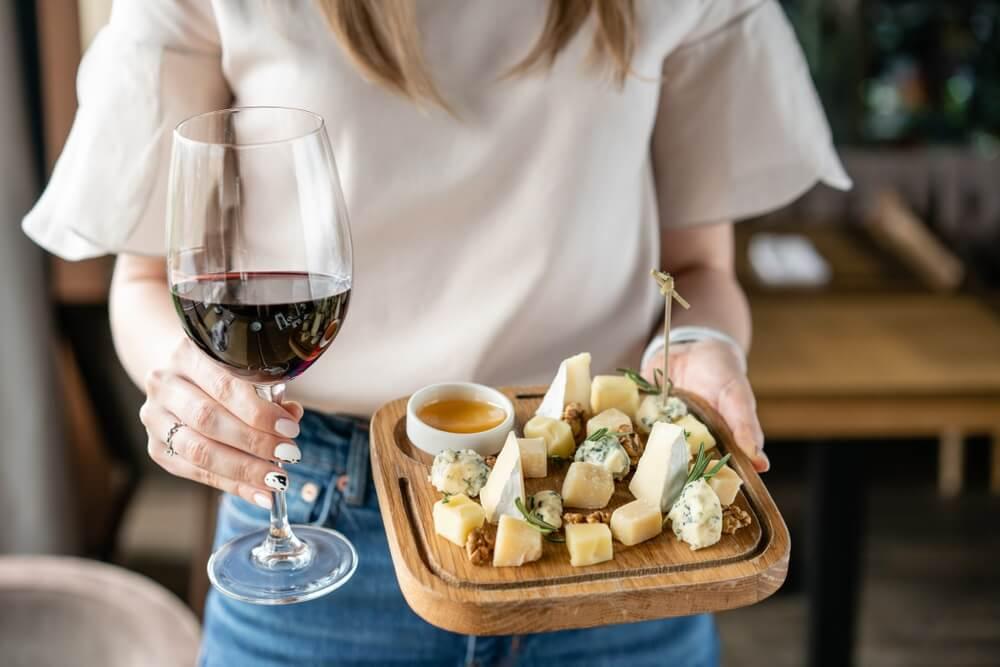 Wijn bij Franse kaas